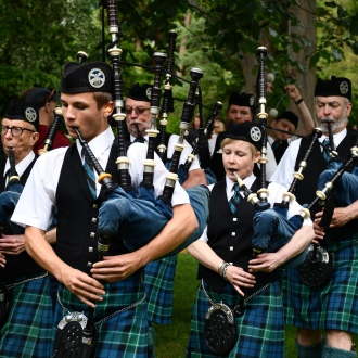 See the Elliott Bay Pipe Band perfom